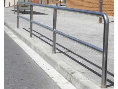 Уличное ограждение металлическое | Цена ограждений для улиц